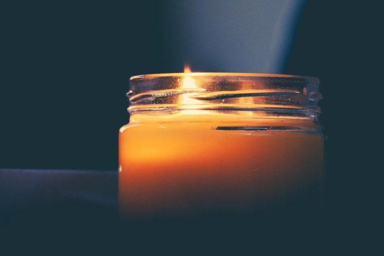 Świece zapachowe ocieplą każdy dom