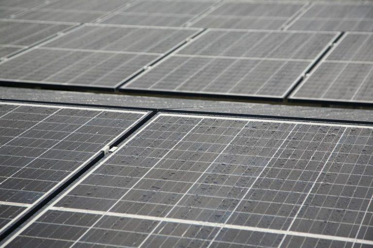 Jest wiele powodów, dla których warto korzystać z energii słonecznej